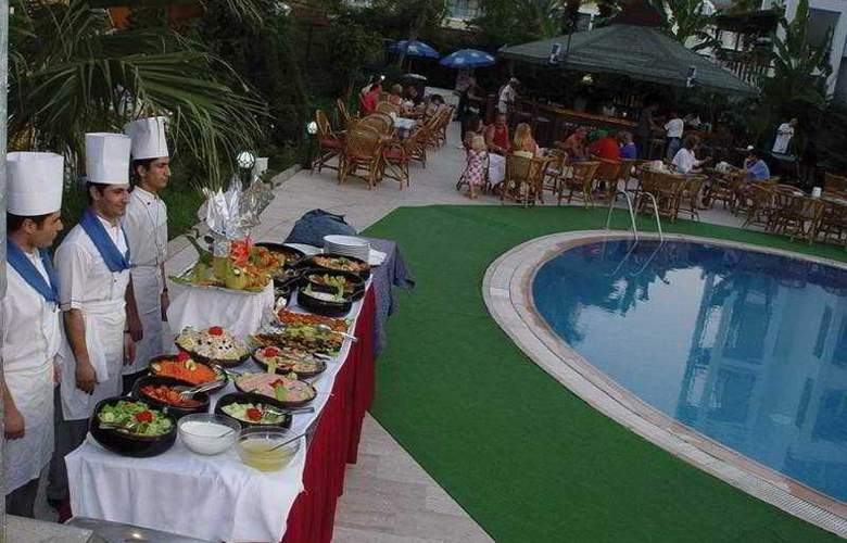 Club Sultan Maris - Restaurant - 4