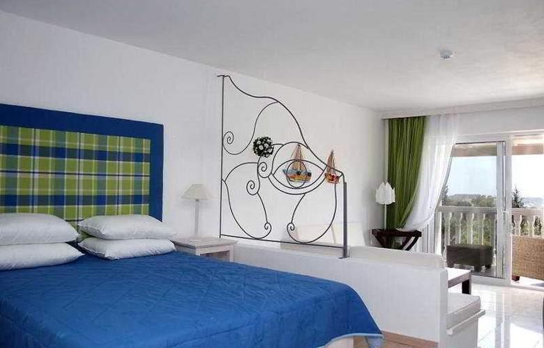 Belvedere Gerakas Lux. Suites - Room - 7