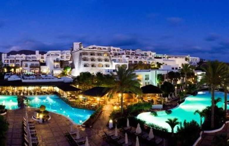 Gran Castillo Tagoro Hotel & Resort - Hotel - 2