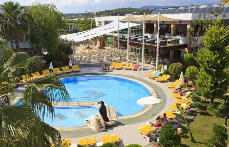 Club Mermaid Village - Pool - 4