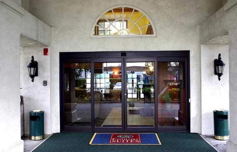 Comfort Inn & Suites San Francisco Airport North - Hotel - 2