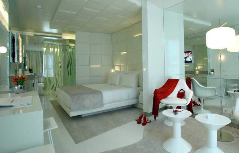 The Mirror Barcelona - Room - 2