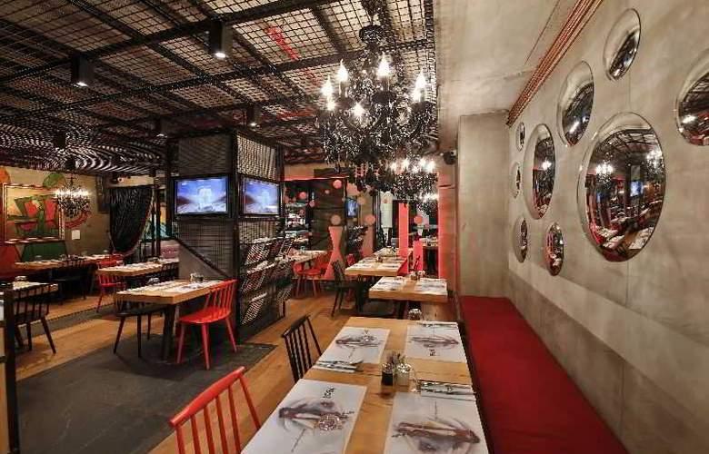 Occidental The Public - Restaurant - 4