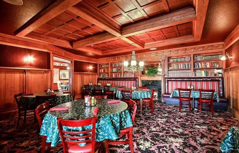 Best Western Greenfield Inn - Restaurant - 82