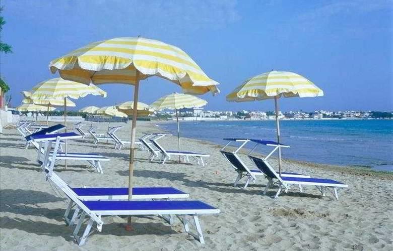 Del Levante - Beach - 5