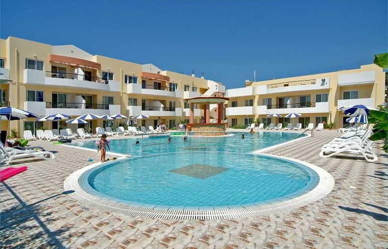 Pelopas Resort - Pool - 3