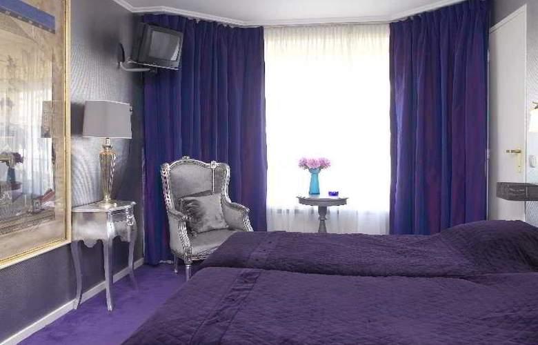 Sandton Hotel de Filosoof - Room - 5