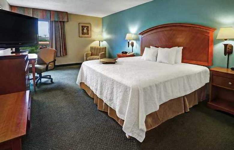 Hampton Inn San Antonio Northwoods - Hotel - 2
