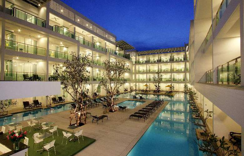 Old Phuket - Karon Beach Resort - Hotel - 0