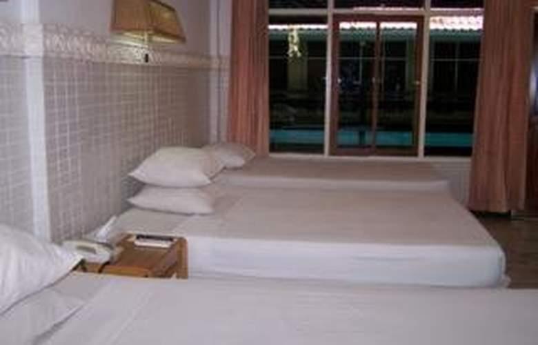 Karthi - Room - 1