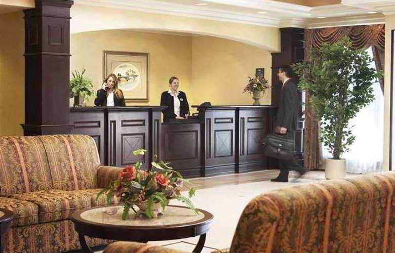 Homewood Suites by Hilton, Burlington - Hotel - 1