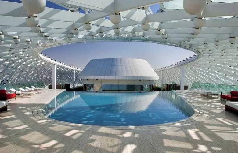 Yas Viceroy - Pool - 7