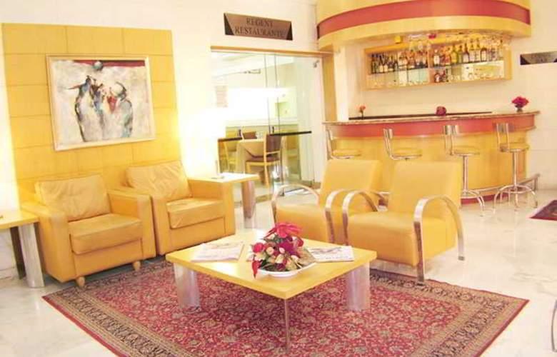 Harbor Hotel Regent Suites - Hotel - 4