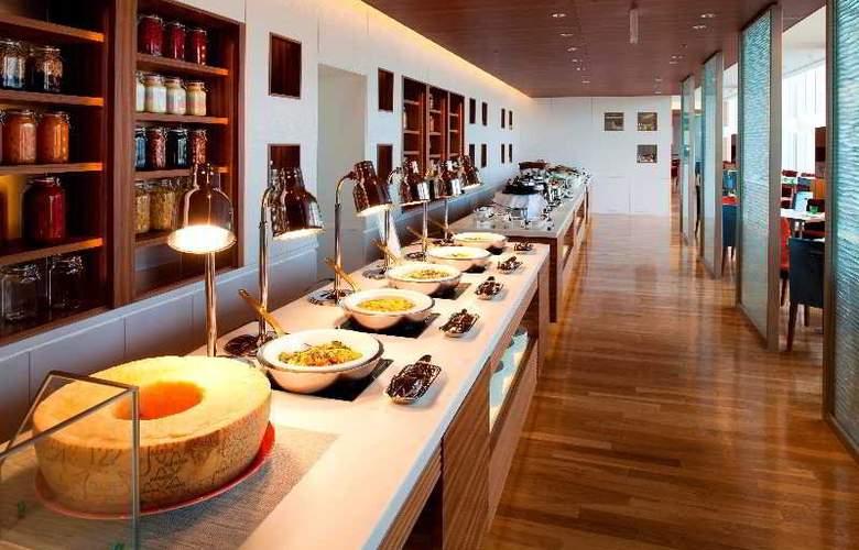 Sheraton Hiroshima Hotel - Restaurant - 6