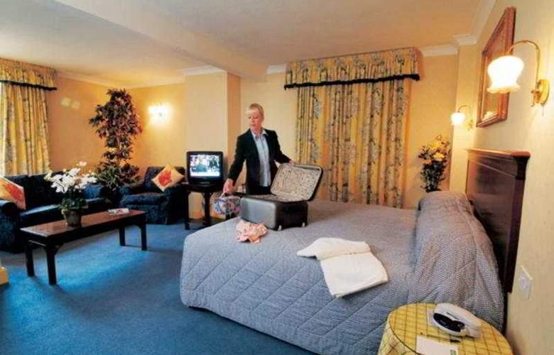 Southampton Park - Room - 5