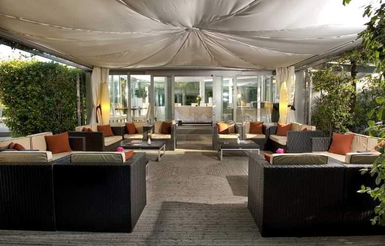 Eden Rock Resort - Bar - 1