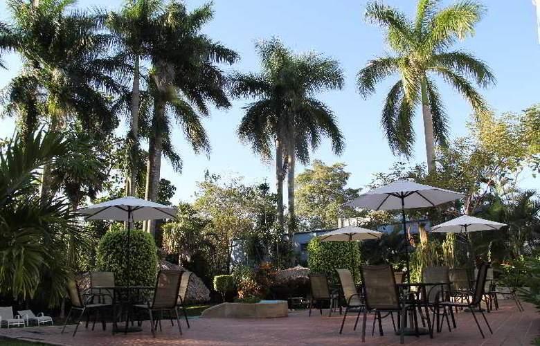 Best Western Maya Palenque - Hotel - 7