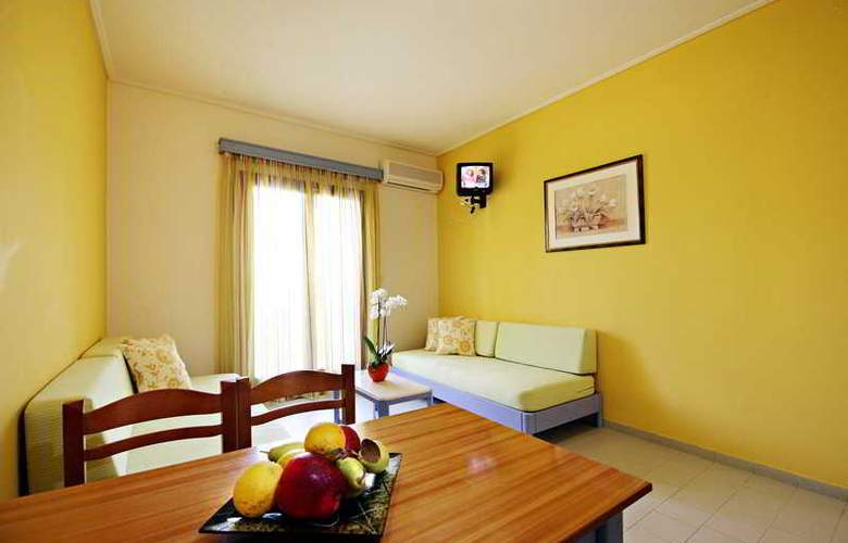Canea Mare Hotel and Apartments - Room - 4