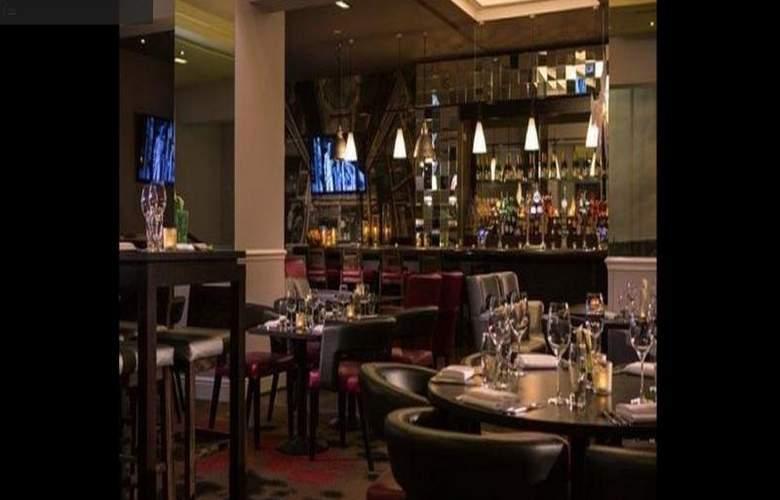 Renaissance Manchester - Bar - 10