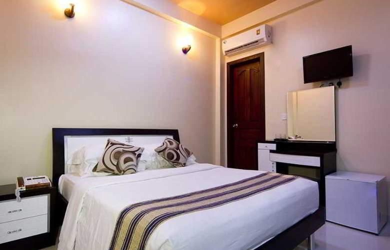 Elite Inn - Room - 18