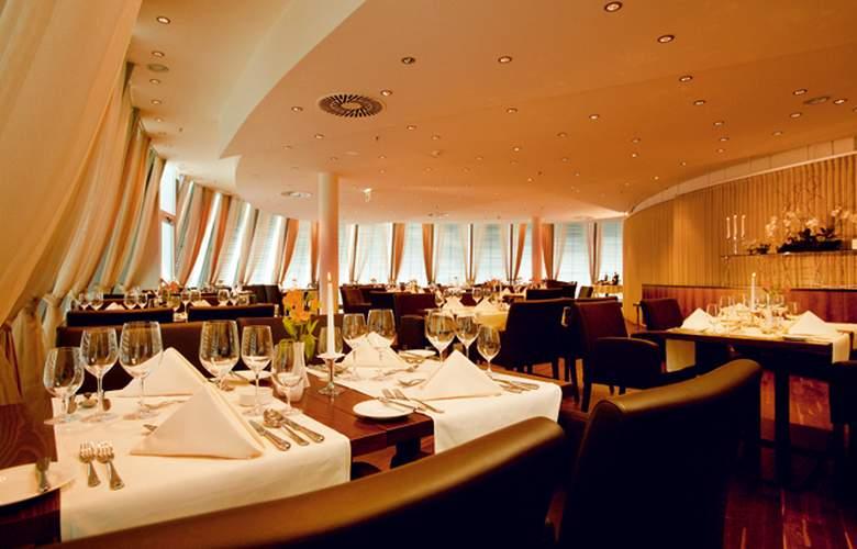 Four Points by Sheraton Panoramahaus Dornbirn - Restaurant - 5