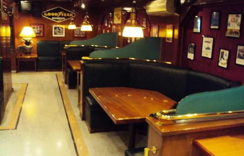 Hotel Promenade - Bar - 15