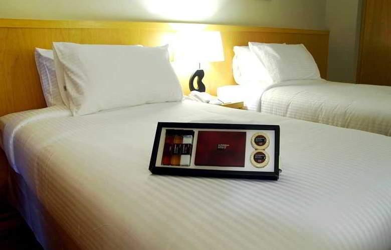 Seri Costa Hotel Melaka - Room - 9