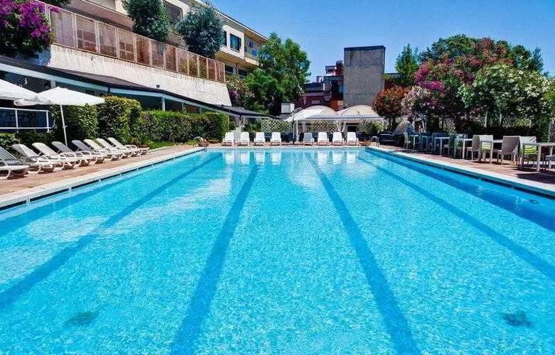 Best Western hotel San Germano - Hotel - 20