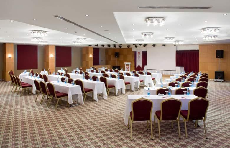 Ramada Plaza Istanbul - Conference - 6