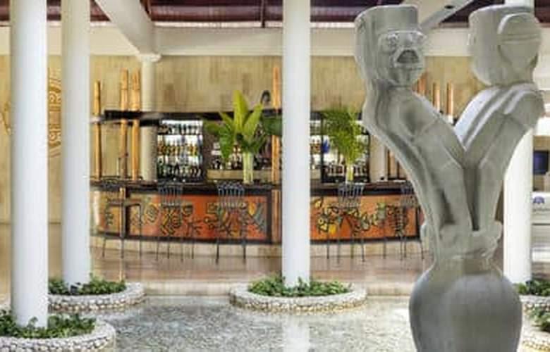 The Reserve at Paradisus Punta Cana Resort - Bar - 4
