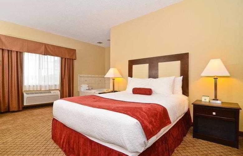 Best Western Plus Macomb Inn - Room - 28