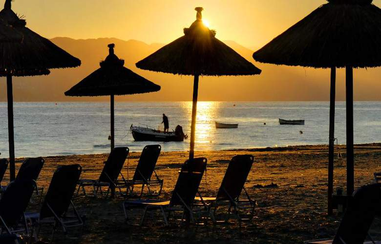 Island Beach Annex - Hotel - 2