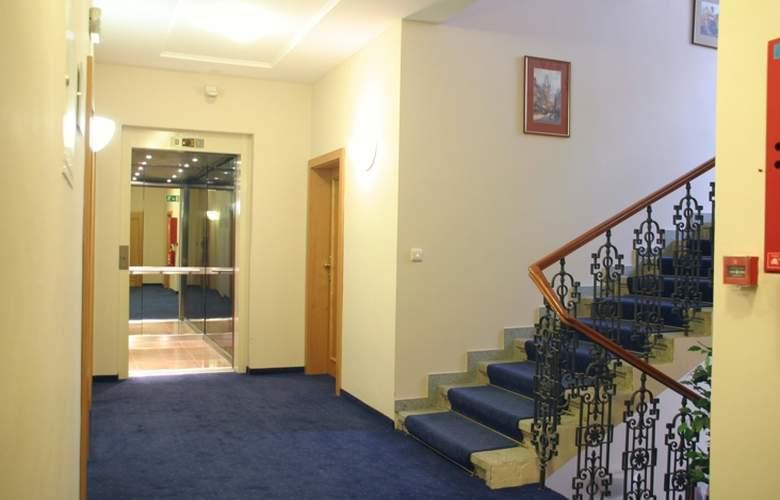 Alton Praga - Hotel - 4