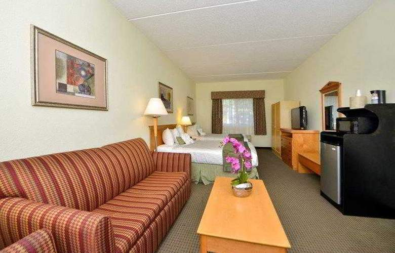 Best Western Plus Newport News Inn & Suites - Hotel - 1