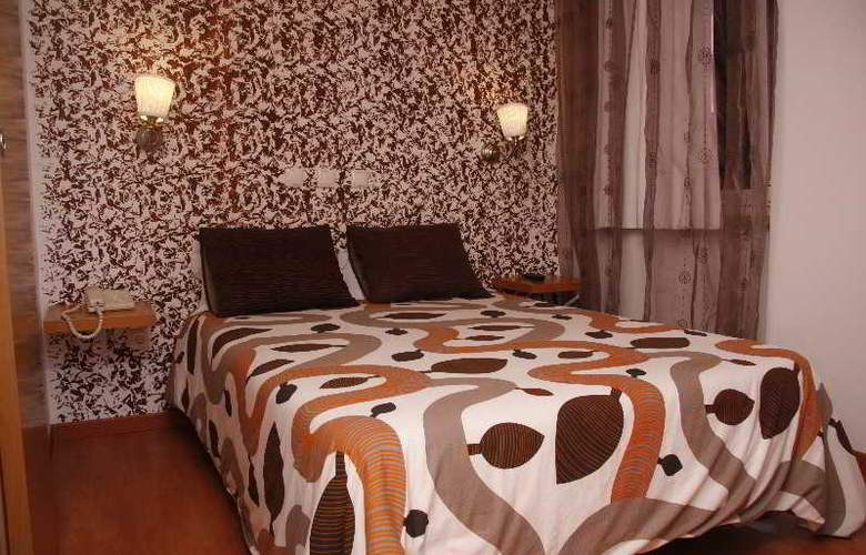 Sao Pedro Lisbon - Room - 8