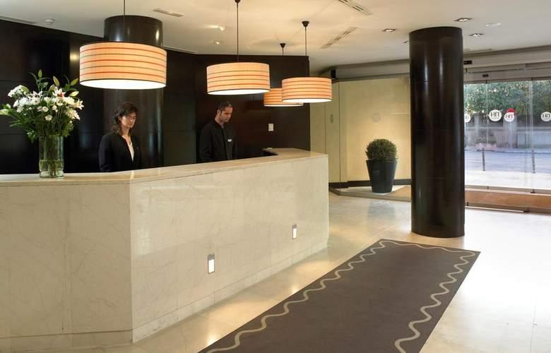 NH Madrid Balboa - Hotel - 4