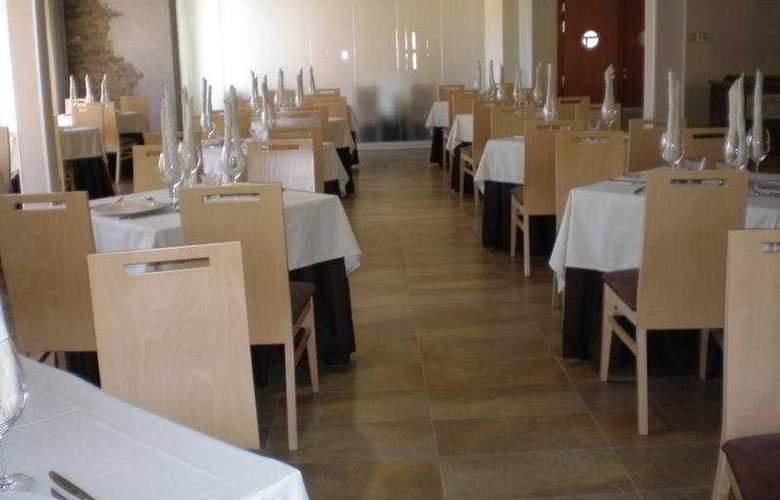 Balneario de Rocallaura - Restaurant - 15