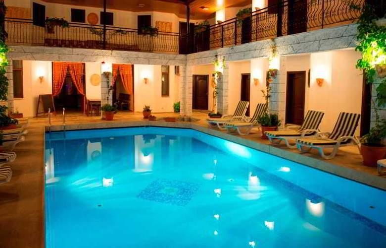 Han Dalyan Hotel - Pool - 2