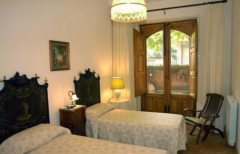 Villa Arco sul Mare - Room - 3