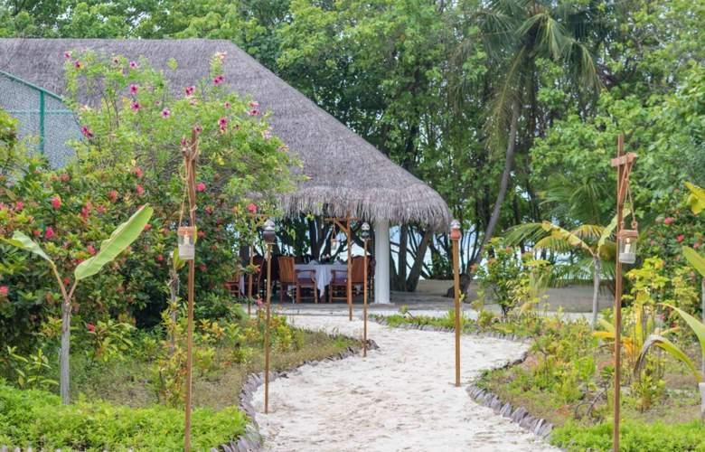Palm Beach Resort & Spa Maldives - Restaurant - 6