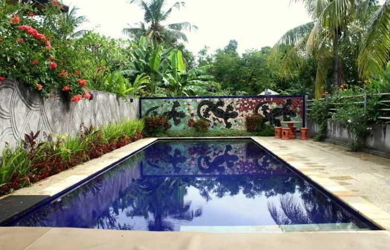 Adi Rama Beach - Pool - 25