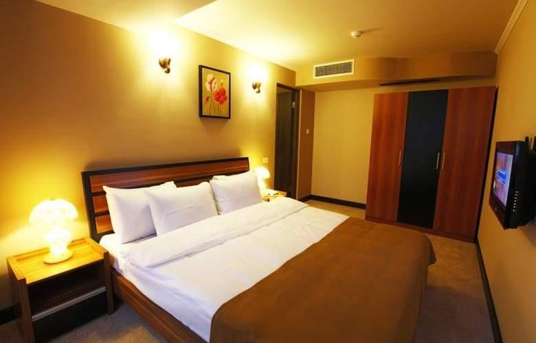 Nairi Hotel - Room - 2