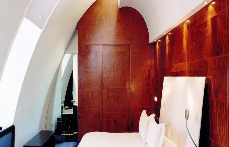 Halkin - Room - 10