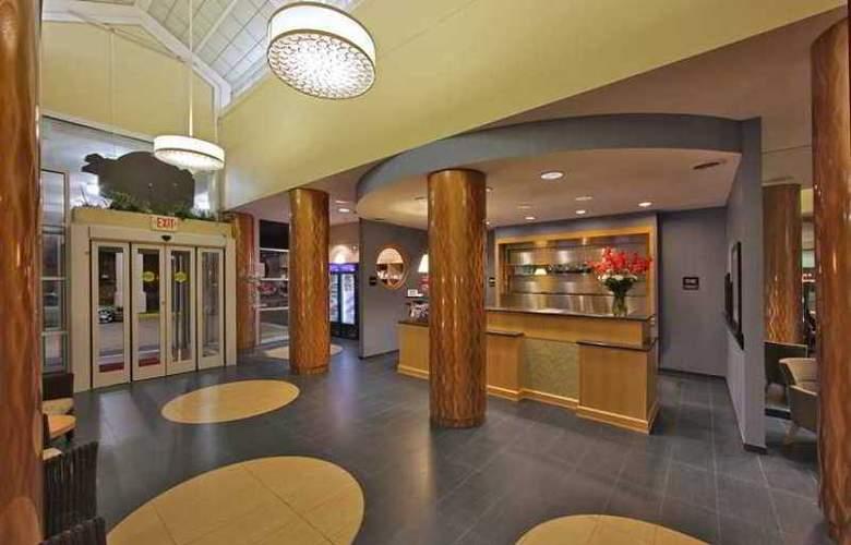 Hampton Inn Virginia Beach-Oceanfront North - Hotel - 2