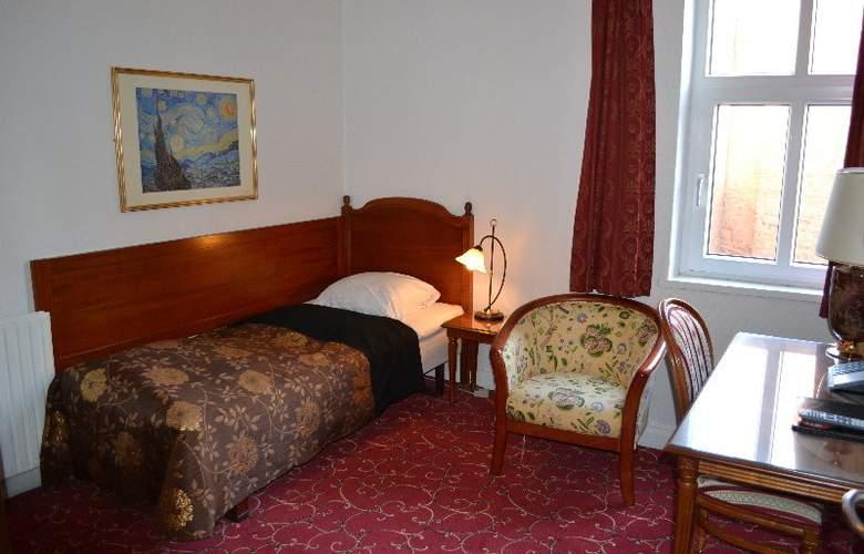 Hotel Windsor - Room - 4