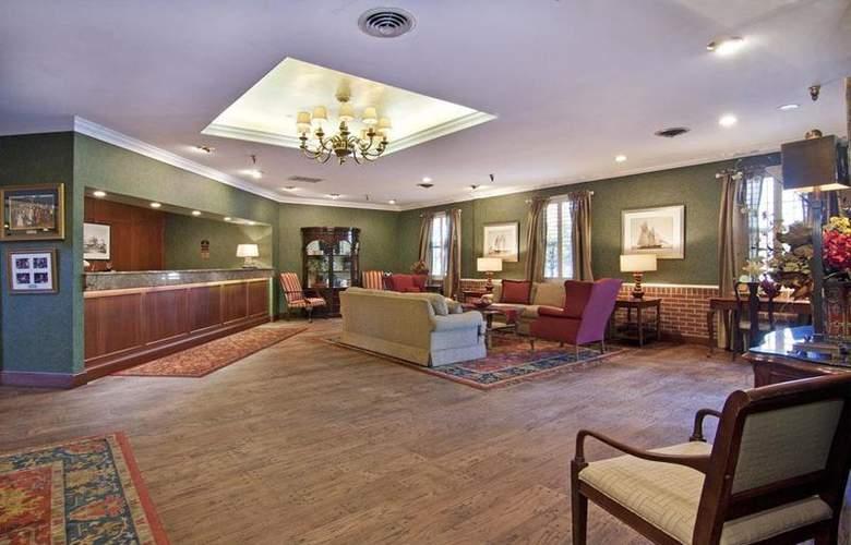 Best Western Plus White Bear Country Inn - General - 71