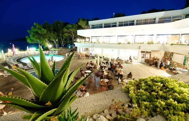 Hotel & App. Fontana Jelsa - Hotel - 0