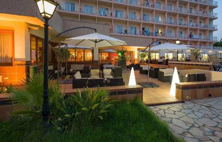 Invisa Hotel Es Pla - Hotel - 4