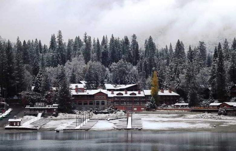 The Pines Resort At Bass Lake - Hotel - 6