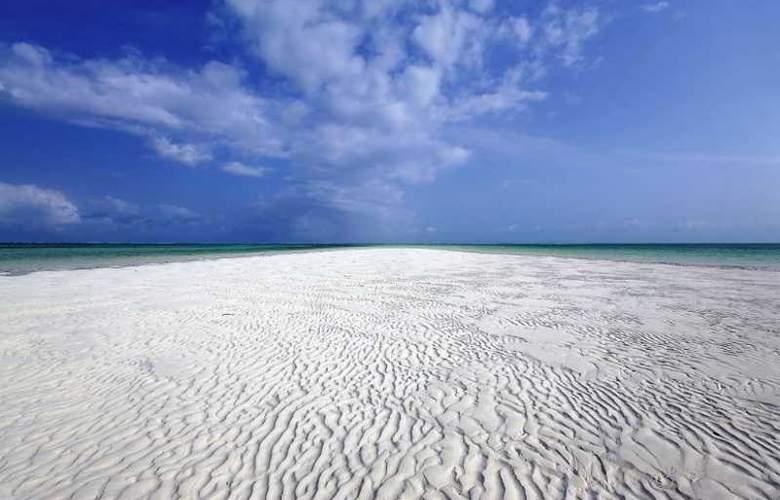 Jacaranda Villas Club - Beach - 3